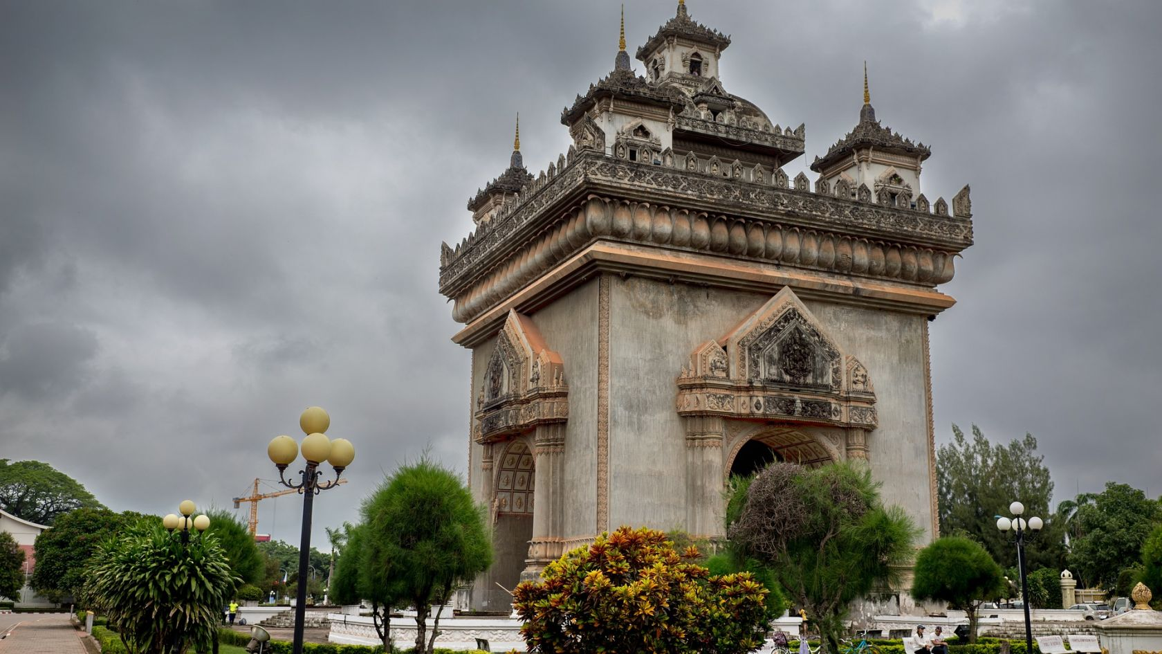 Historical Tour of Laos: Mixture of both French & Lao Buddhist Architecture