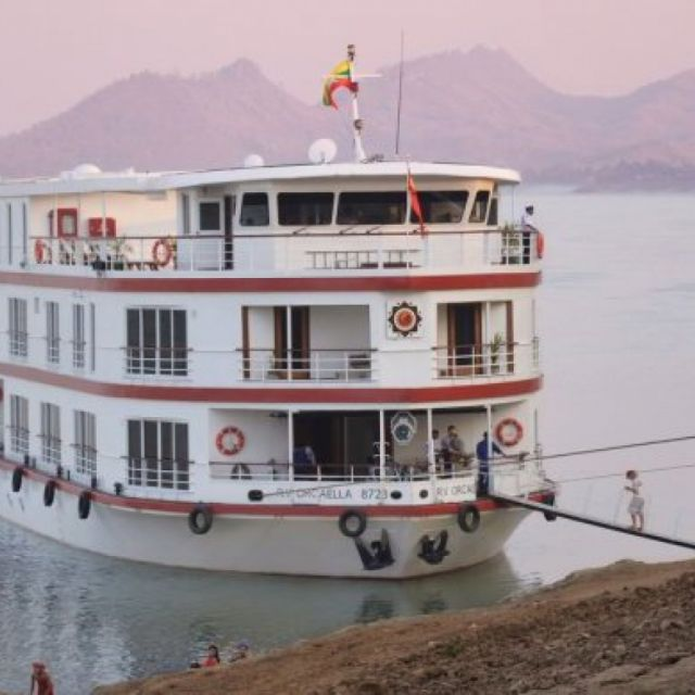 Belmond Cruise - Road to Mandalay